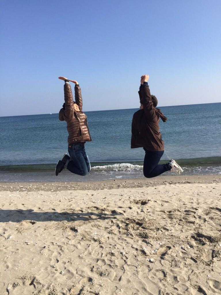 姉妹でジャンプ!