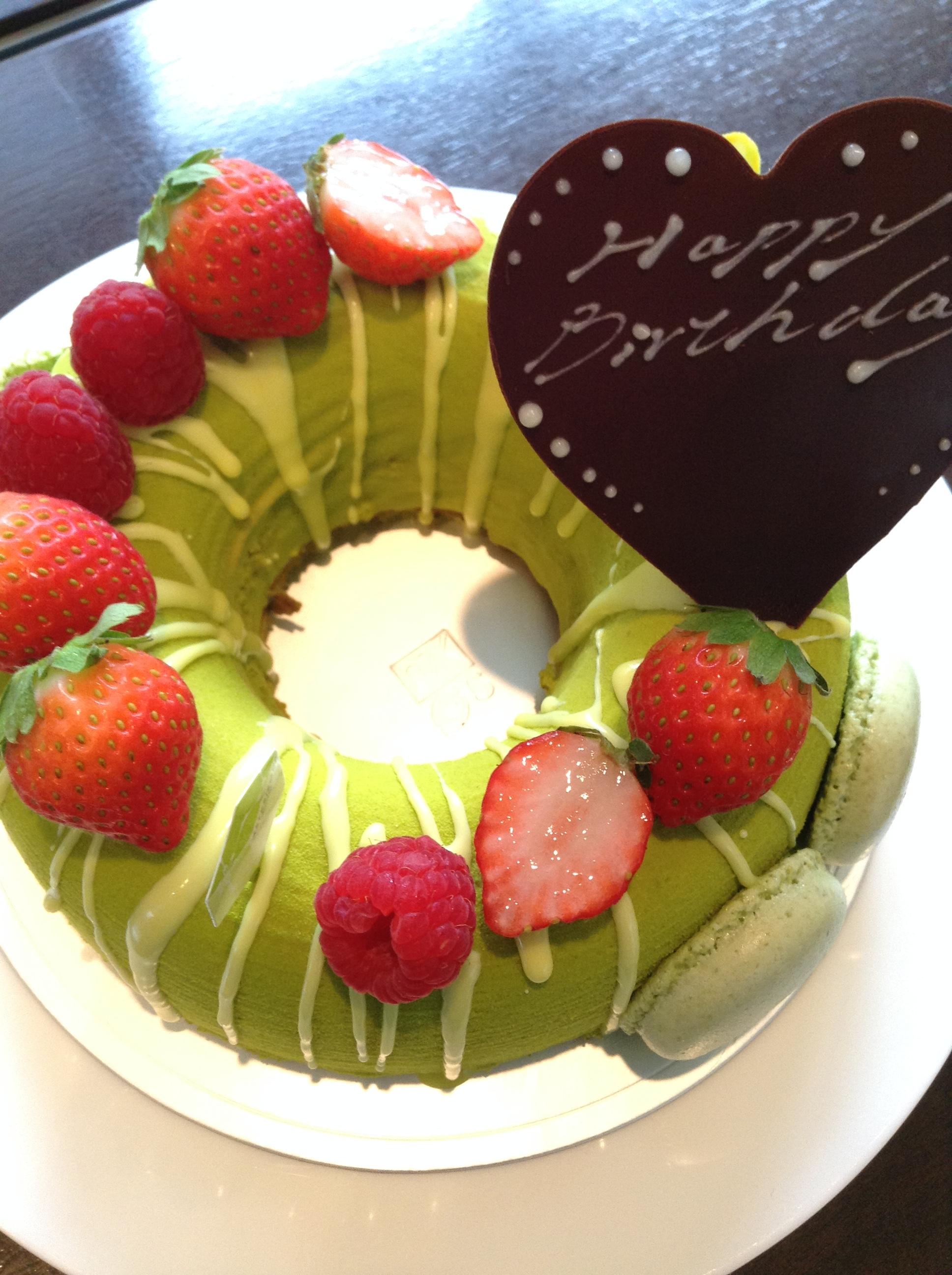 お約束のケーキ♪